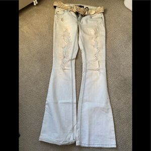 White jeans with belt (size 5)